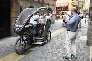 Unusual tour of Lyon in electric pedicab