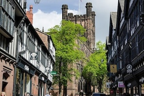 Private Walking Tour: Chester