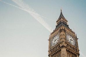 Luxury shopping-spree tour in London