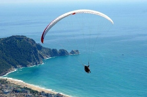 Alanya Paragliding Experience with Pilot