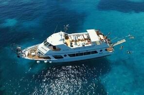 Boat Tour La Maddalena Archipelago from Palau