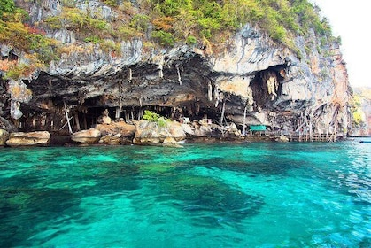 Phi Phi Day Tour from KHAO LAK