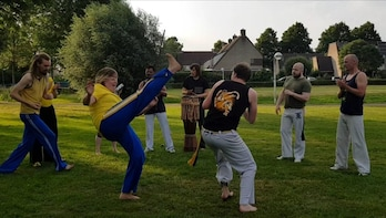 Fanatic lesson capoeira in 60 minutes at Planeta Capoeira