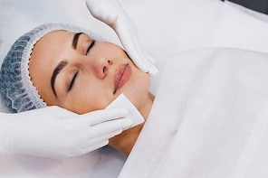 Anti Ageing Facials - Deep Cleanse & Relaxing Massage