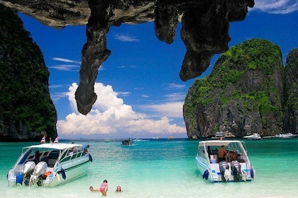 Phi Phi Islands Speedboat Day Tour with Lunch - Join Tour
