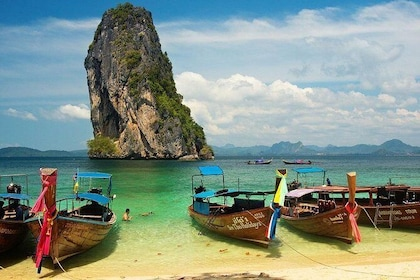 James Bond & Phang Nga Bay Speedboat Tour with Kayaking Experience - Join Tour
