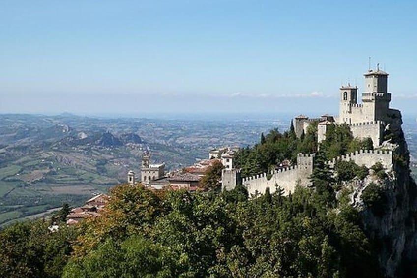 The Best of San Marino Walking Tour