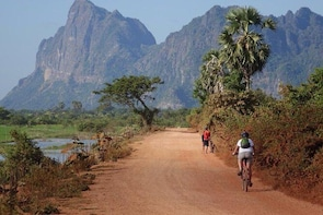 Hpa An Full-Day Cycling Tour with Lunch