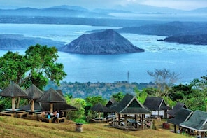 Tagaytay Day Tour Sightseeing From Manila (Private Tour)