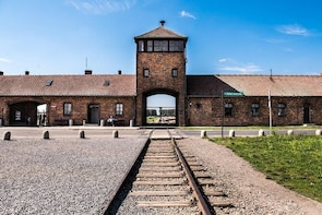 Day Trip to Auschwitz-Birkenau and Wieliczka Salt Mine from Krakow includin...