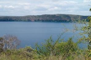 Lake Chala Walking and Canoeing Day Tour