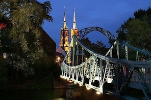 Wroclaw Ostrow Tumski & Old Town Highlights Private Walking Tour