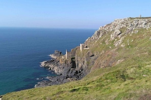 Private one-day luxury guided tour of Poldark TV-series locations from Corn...