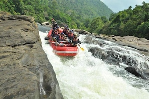 Kithulgala Adventure (Vehicle Only Private Day Trip From Colombo)