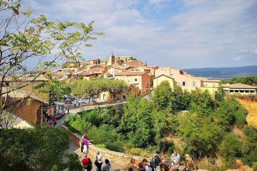 Show item 2 of 7. Roussillon