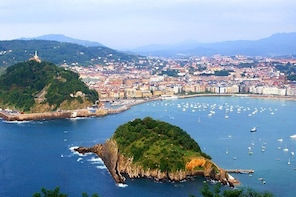 Biarritz, Saint Jean de Luz, Hondarribia and San Sebastian Full Day Tour