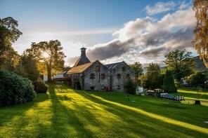 Aberfeldy Distillery Tour