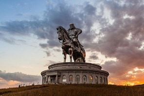 1 Day Coach Tour of Genghis Khan Statue Complex and Terelj National Park In...