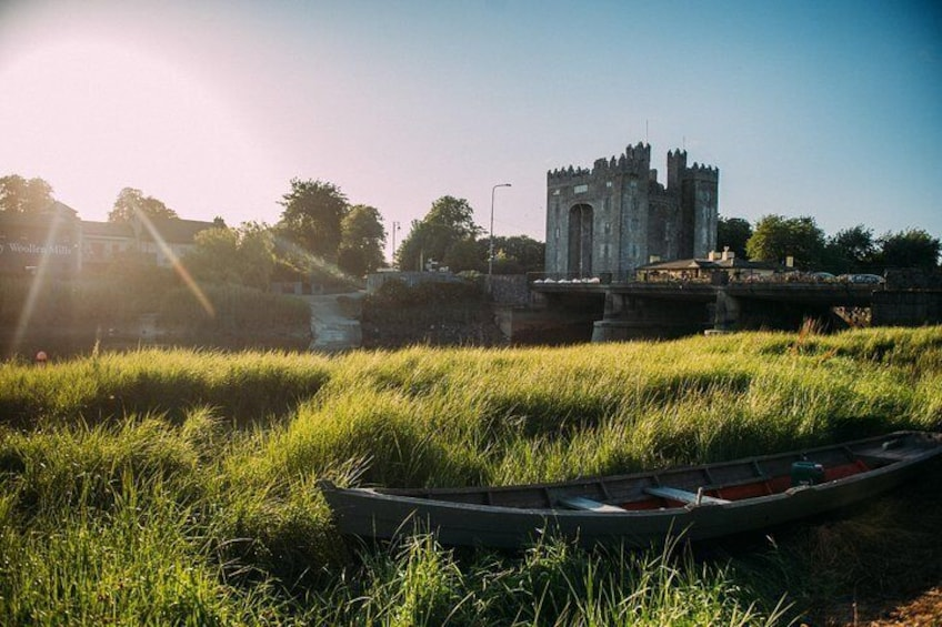 Skip the Line: Bunratty Castle and Folk Park Admission Ticket