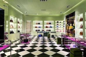 Private Luxury Shopping Day in Panama City