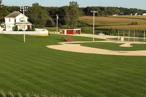 Field of Dreams Movie Site Guided Home Tour in Dyersville
