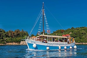 Full-Day Dubrovnik Elaphite Islands Cruise with Lunch