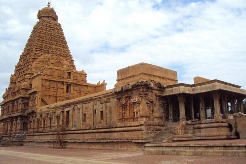 Show item 2 of 2. Brihadisvara Temple