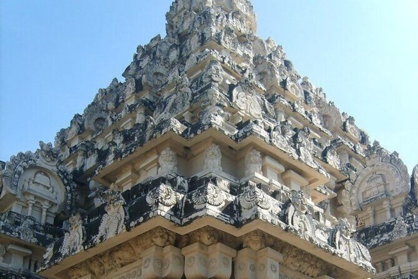 Show item 7 of 7. Temple Of Jupiter In Alangudi From Trichy