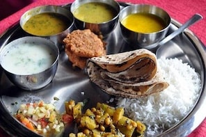 Market Visit and Cooking Class in Pune