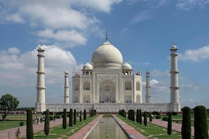 Day Trip To Agra From Chennai With Air Tickets