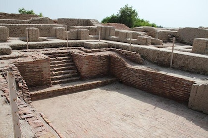 02 Nights & 03 Days Ahmedabad Tour with Excursion to Lothal & Uthellya