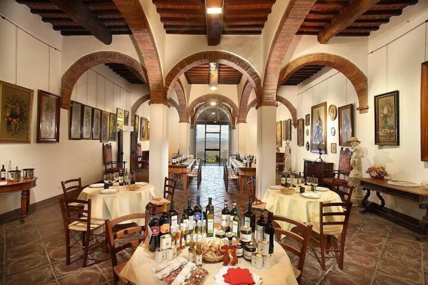 wine experience in Tuscany