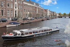 Haarlem: 50 minutes Boat Cruise