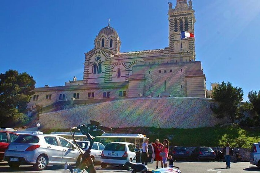 See the sights of Marseille on your electric bike tour