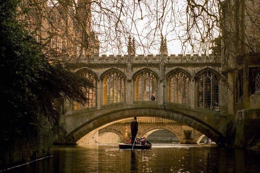 Show item 1 of 6. Shared Punting Tour in Cambridge