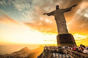 Morning Tour to Christ Redeemer Statue, Sugar Loaf Mountain including Barbe...