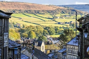 Haworth and The Yorkshire Dales Day Trip from York