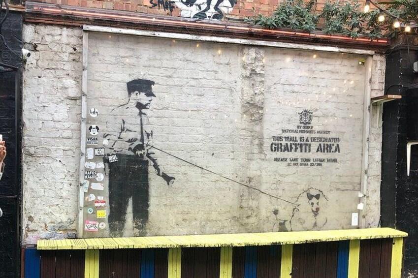 2-Hour East London Walking Tour: Spitalfields Market, Brick Lane, and Shoreditch