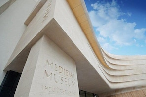 Skip the Line: Waterford Treasures Medieval Museum Admission Ticket