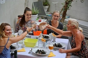 Mussels cooking class and lunch with Seaview