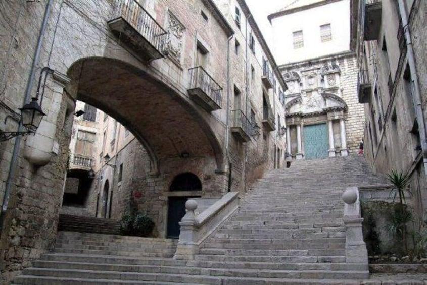 Kings Landing Steps of Saint Marti