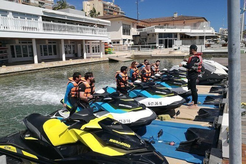 Show item 2 of 4. Alquiler Motos de Agua Torrevieja