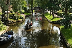 Giethoorn Private Tour Private Guide Giethoorn Holland Private Guide