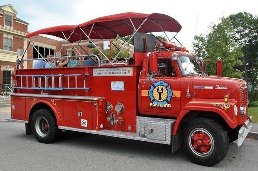 50 Min. Narrated Sightseeing Tour of Portland, Maine Aboard a Vintage Fire Truck