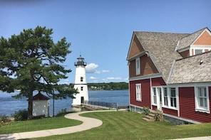 St Lawrence River - Rock Island Light...