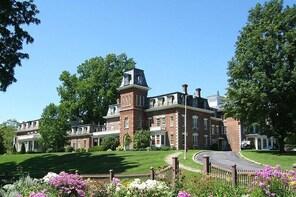 Oneida Community Mansion House Tour