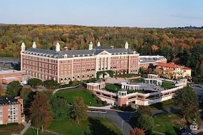 Student Guided Walking Tour of The Culinary Institute of America 3:45pm