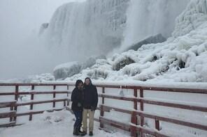 Niagara Falls Winter Wonderland American Tour (small group)