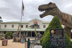 Skip the Line: National Dinosaur Museum General Admission Ticket