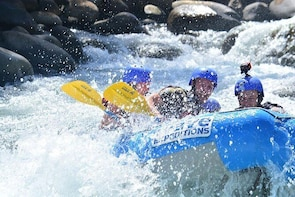 Full Day Class II-III Rafting and Canyoning Rappelling from La Fortuna-Aren...
